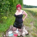 Kinky redhead BBW goes daytime dogging