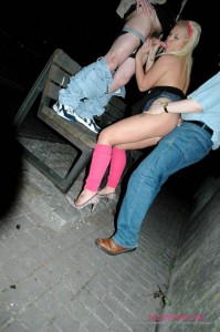 Slut in pink stockings enjoys a threesome